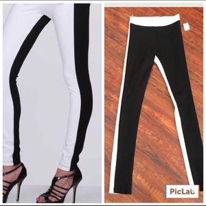 Mezzanine NWOT Black Front W/White Back Leggings
